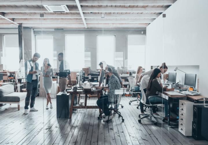 オフィス空間をトリガーにして働き方を変える コクヨの社員研修 ...