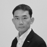 Designer:服部 隆司 [Ryuji Hattori]