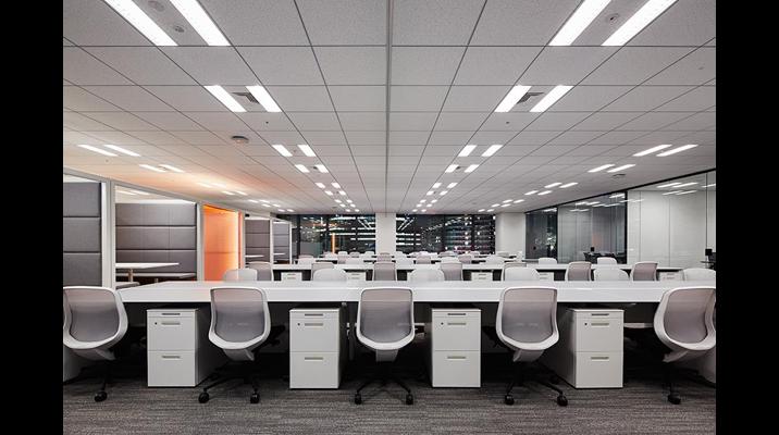 執務エリアはアイコン化された各機能をリピートすることで空間を構成。